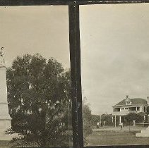 Image of 2013.050.0004 - Stereoview