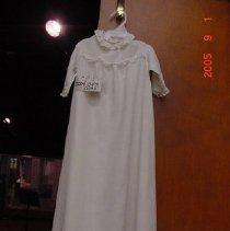 Image of 2004.047.0032 - Dress