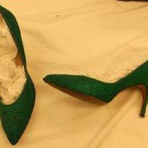 Image of 1987.045.0002b - Shoe