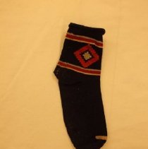 Image of 1990.026.0013a - Sock
