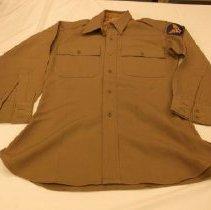 Image of 1981.018.0006 - Shirt