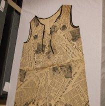 Image of 1985.054.0024 - Dress