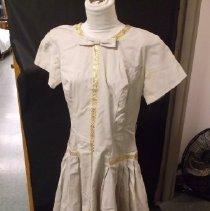 Image of 1988.146.0001 - Dress