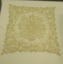Image of 1983.075.0018 - Doily