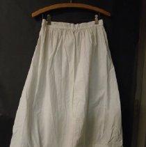 Image of 1412.008.0003 - Petticoat