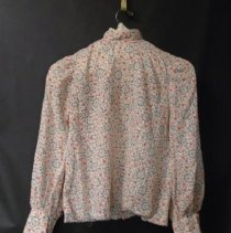 Image of 2008.077.0046-01 - Blouse