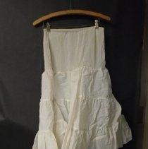 Image of 2008.114.0001 - Petticoat