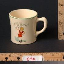 Image of AR_00040 - Mug w/Color Orphan Annie & Sandy Illustration