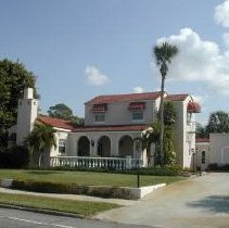 Image of 521 Harbor Dr ca 2009