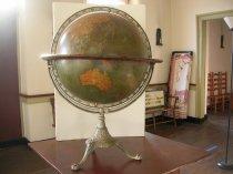 Image of White Horse Tavern - Globe