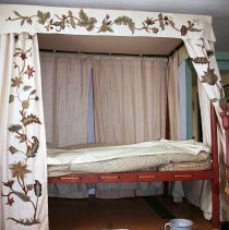 Image of Bed, Canopy - Unknown