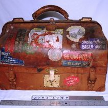Image of Suitcase - Unknown