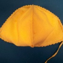 Image of Baby bonnet-back view