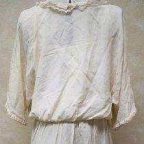 Image of Wedding dress: Ella Lenz Schmidt, 1923-back view