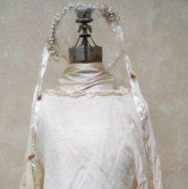 Image of Wedding dress & headpiece:Ella Lenz Schmidt, 1923