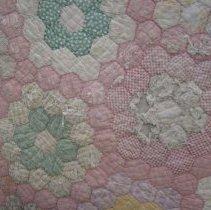 Image of Quilt - Grandmother's Flower Garden quilt