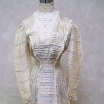 Image of Dress, Wedding - Wedding dress: Elizabeth Laura Mielke Thoeny,1908