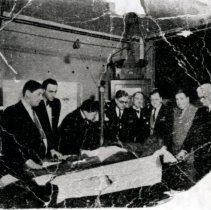 Image of Print, Photographic - Doctors examining John Wilkes Booth mummy