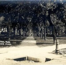 Image of Postcard - Central Park, Hutchinson, MN-postcard