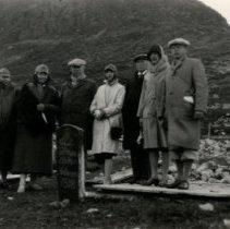 Image of Print, Photographic - Lars & Mabel Lerberg at marker Norway, 1929