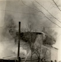 Image of Print, Photographic - Newstrom Mill, Lester Prairie, January 23, 1925 fire