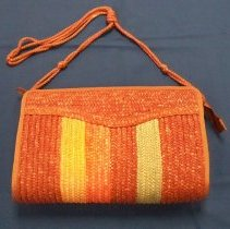 Image of Purse - Four-color straw purse