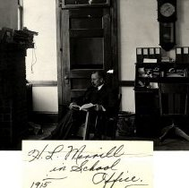 Image of Professor H. L. Merrill, 1915