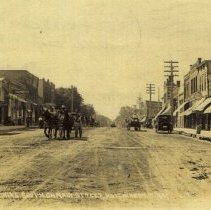Image of Postcard - Looking South on Main Street, Hutchinson, Minn.-Postcard scan