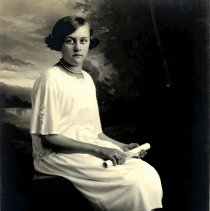 Image of Postcard - Helen Reckow