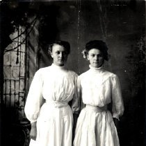 Image of Unidentified young women-postcard