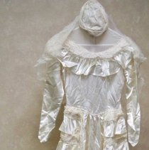 Image of Dress, Wedding - Wedding dress & veil