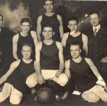 Image of Print, Photographic - Hutchinson boys basketball team c. 1915