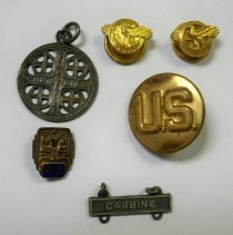 Image of Pin, Insignia - Set of 6 WWII items