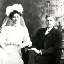 "Image of Augusta ""Gustie"" Birkholz and Leland Beath, Jr."