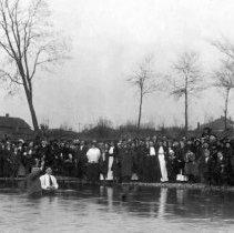 Glen Cook baptizes L.V. Roberts in Indiana