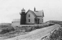 Image of Mayo Beach Lighthouse on Kendrick Ave - W0100