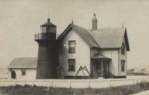 Image of Mayo's Beach Lighthouse - W0109