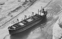 """Image of The Maltese freighter """"Eldia"""" grounded at Nauset Beach"""