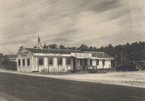 Image of The Big Dipper Restaurant in South Wellfleet 1930s - W0165