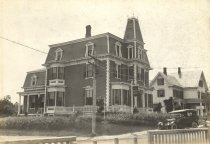 Image of Hotel on the later site of Wellfleet P.O. - W0381