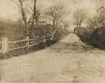 Image of Lower corner of Whit's Lane with Annie and George Pierce home - W0407