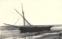 Image of Shipwreck - W0762