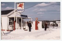 Image of Holbrook's Mobil Gas Station on Route 6 - W2021