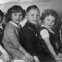 Image of Turner children, April 1977