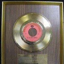 Image of 1987.15.88 - Award