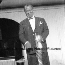Image of 2012.6.1--2012.6.24 - Louis Armstrong in Germany, February 1961