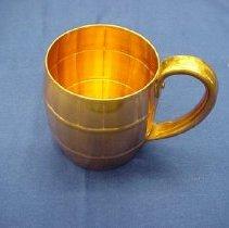 Image of 1944.010.00003 - Mug