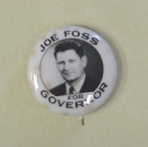 Image of 1980.029.00005 - Button, Political