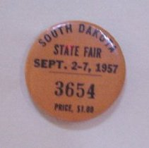 Image of 1982.005.00018 - Button