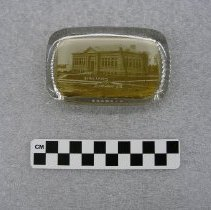 Image of 2002.023.00001 - Paperweight